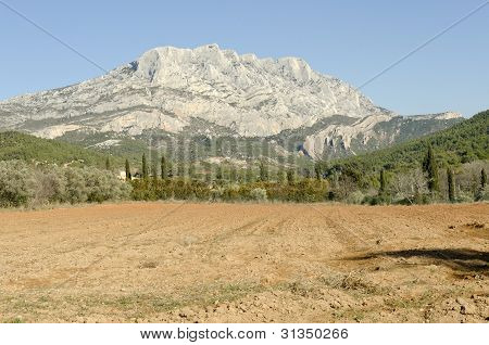 Sainte Victoire mountain symbol of Provence