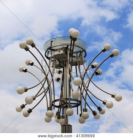 Moderna lámpara de calle