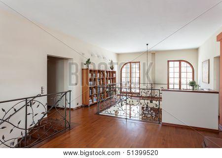 Classy House - Elegant Mezzanine