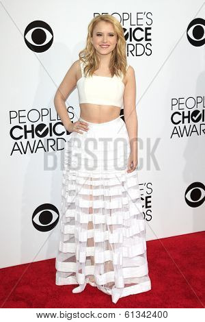 LOS ANGELES - JAN 8: Taylor Spreitler at The People's Choice Awards at the Nokia Theater L.A. Live on January 8, 2014 in Los Angeles, California