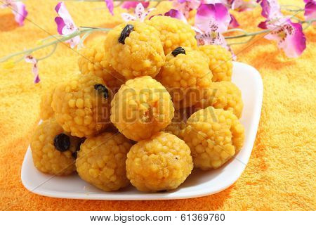 Indian sweets (Laddoo)