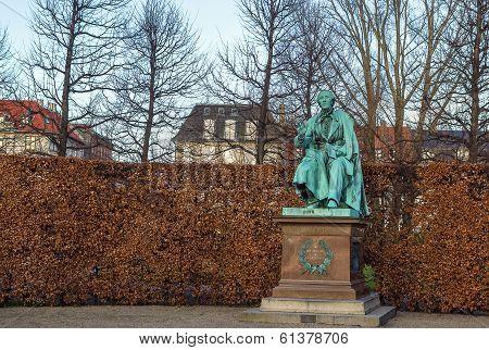 Andersen Statue, Copenhagen