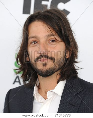 LOS ANGELES - MAR 01:  Diego Luna arrives to the Film Independent Spirit Awards 2014  on March 01, 2014 in Santa Monica, CA.