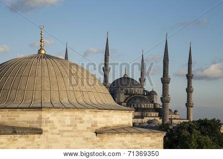 Blue Mosque (sultanahmet Camii) In Istanbul, Turkey