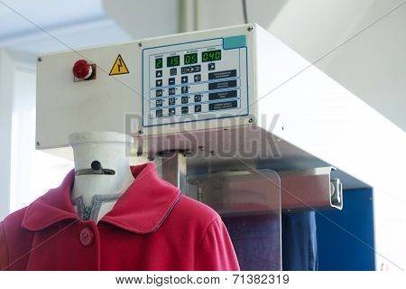 Image of automatic machine for steaming clothes