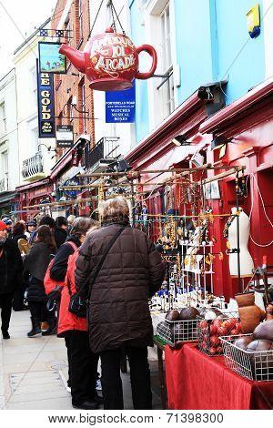 market stalls in Portobello Road