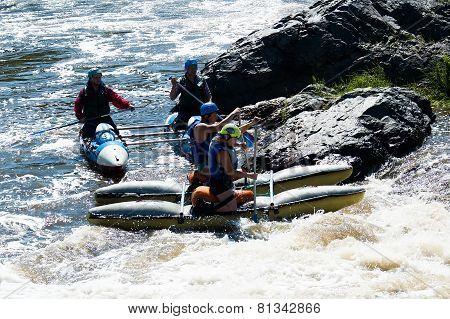 Water sportsmen in threshold