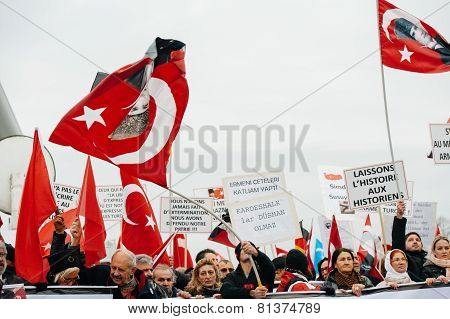 Armenian And Turkey Diaspora Protesting