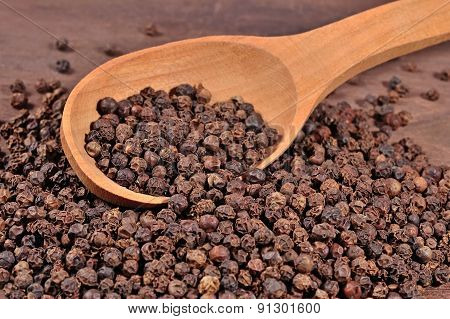 Black Pepper In A Spoon