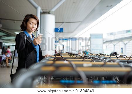Texting business lady