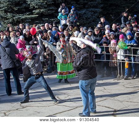 Makeevka, Ukraine - February, 22, 2015: Comic Fight During Festivals In Honor Of The Arrival Of Spri