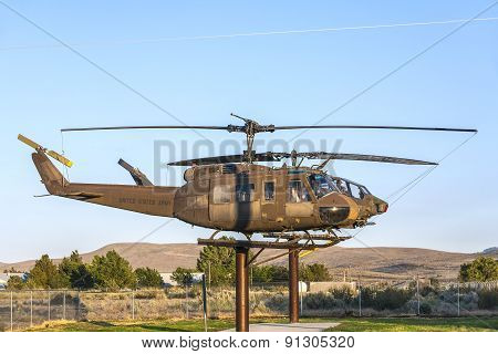 Ah-1Cobra Helicopter  At Veterans Memorial In Susanville