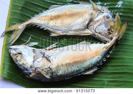 mackerel on banana leaf