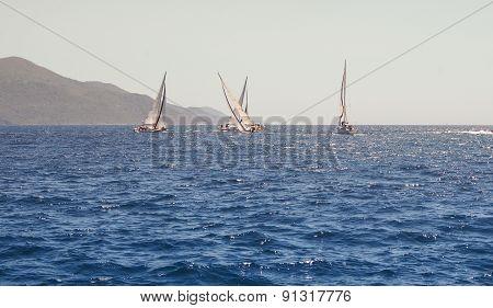 Yacht Maneuvers