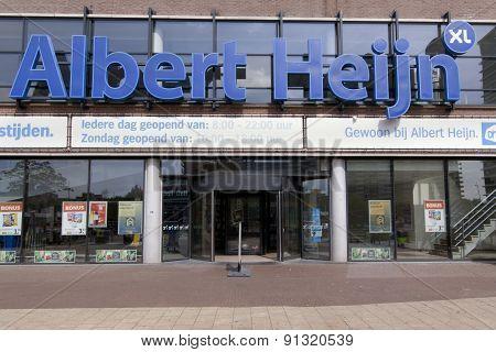 Albert Heijn Retail Store