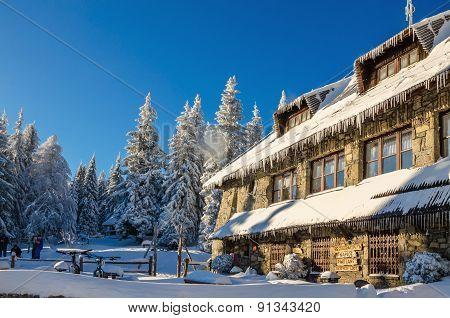 Mountain shelter on Turbacz in winter scenery
