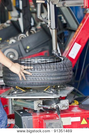 Tire Fitting Machine.