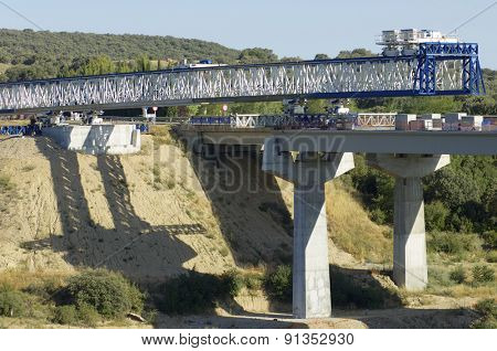 construction of a huge concrete bridge
