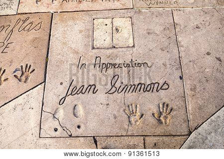 Handprints  Of Jean Simmons In Hollywood Boulevard In The Concrete Of Chinese Theatre's Forecourt