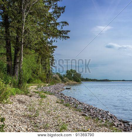 Lake Udomlya