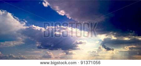 Sun Beams Thought Clouds Background