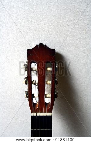Head of an acoustic classical guitar