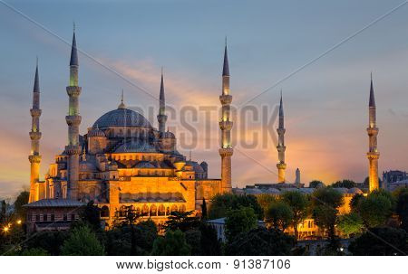 Sultan Ahmed Mosque (blue Mosque) In Istanbul Early In The Morning On A Sunset In Evening Illuminati