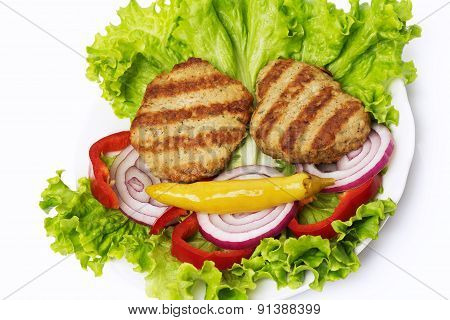 Meat cutlet with vegetable salad
