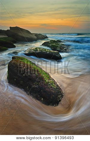 Seascape Sunrise Flowing Waves