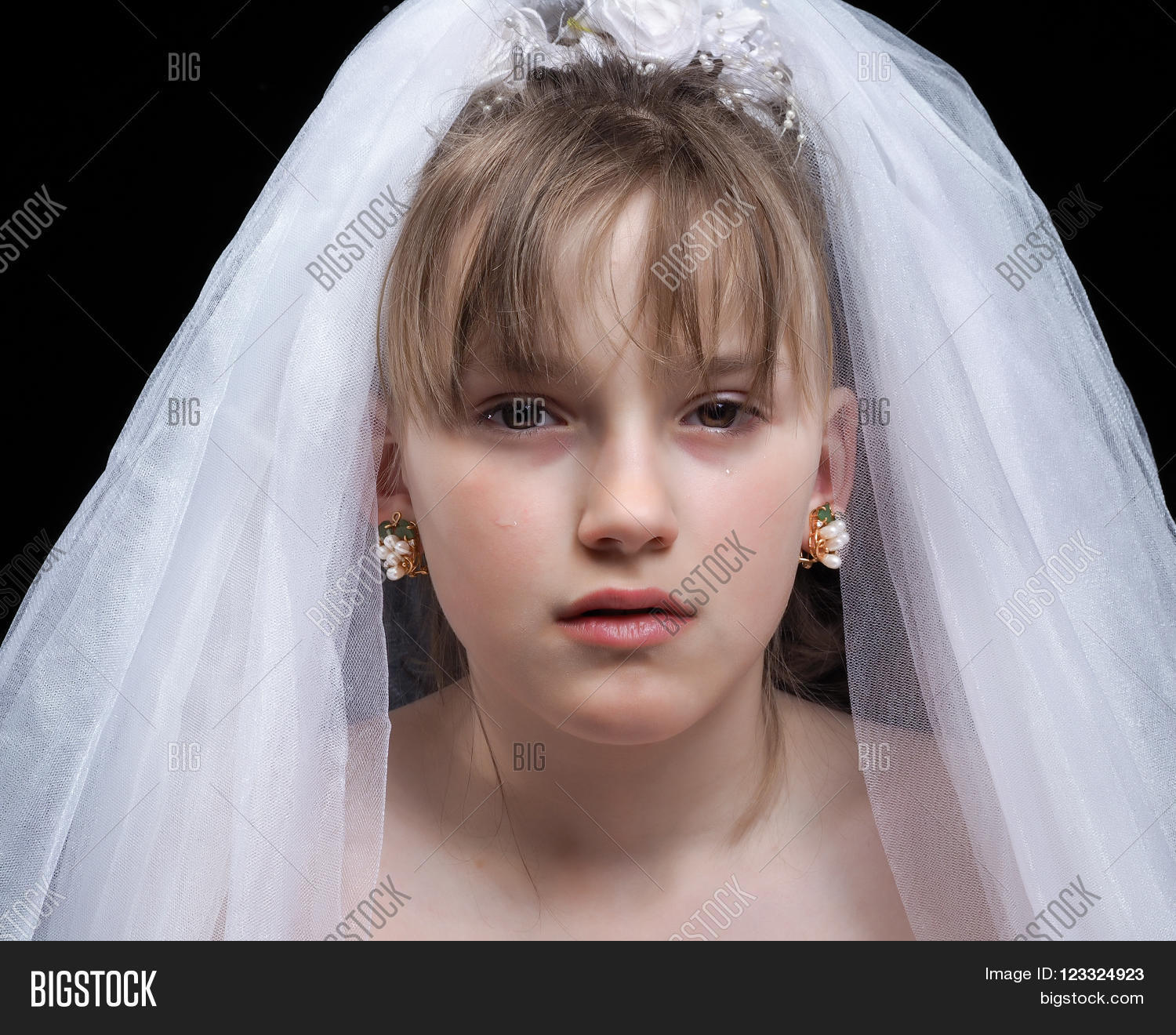 Teen Girl The Bride Portrait Of A Young Weeping Bride