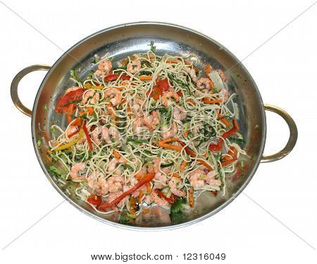 Macaroni with vegetables and shrimps
