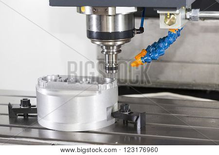 CNC machining center cutting mold by endmill cad cam