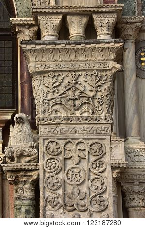 Detail from Pillars of Acre capital in Saint Mark Square. Ancient marble pillar with sasanid (persian) motif from St Polyeuktos byzantine church in Constantinople and brought to Venice after the 4th Crusade (1204)