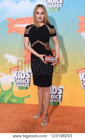 LOS ANGELES - MAR 12:  Debby Ryan arrives to the Nickeloden's Kid's Choice Awards 2016  on March 12, 2016 in Hollywood, CA.