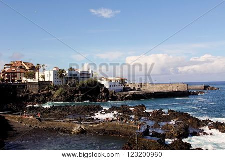 PUERTO DE LA GRUZ, SPAIN - DECEMBER 26, 2010: Canarian resort town of Puerto de la Cruz on Tenerife Island