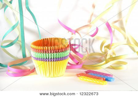 Cakecups, confetti and candles