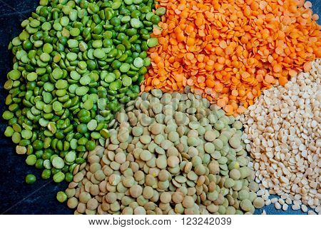 Split peas with red brown and white lentils centered