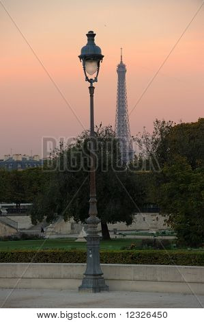 Paris early morning