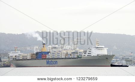 Matson Cargo Ship Manoa Arriving At The Port Of Oakland.
