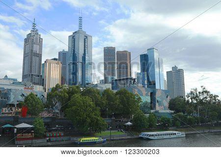 MELBOURNE, AUSTRALIA - JANUARY 31, 2016: Melbourne skyline and Yarra river panorama.