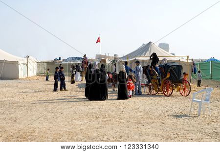 Sakhir,  Bahrain - January 12, 2007:  Families spending the week-end in the desert.