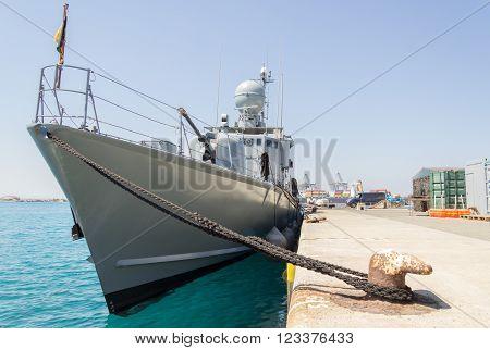 a german speedboat lies in the harbor