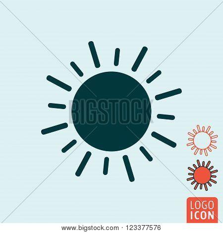 Sun icon. Sun symbol. Sunlight icon isolated. Vector illustration