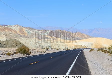 Perspective Road, Death Valley, Usa