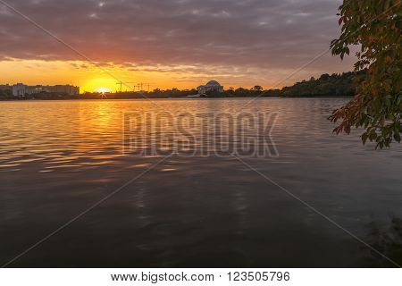 The sun rises over the Washington, DC, tidal basin.