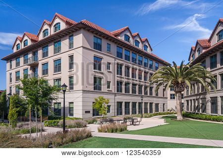 Palo Alto, Ca/usa - Circa June 2011: Residential Dormitories Of Stanford University Campus In Palo A