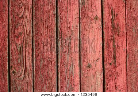 Texturered Barn Peeling