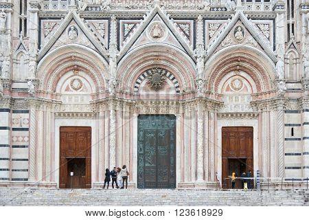 Front Doors Of Duomo Di Siena