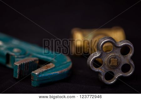 faucets, valve, pipe wrench to repair the water supply system