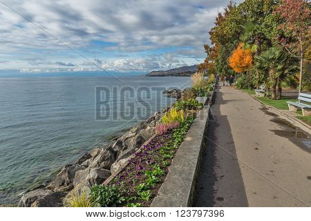 Lake Geneva and embankment of Montreux, canton of Vaud, Switzerland